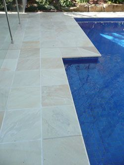 The Pool Tile Company - Paving Stones Himalayan Quartz