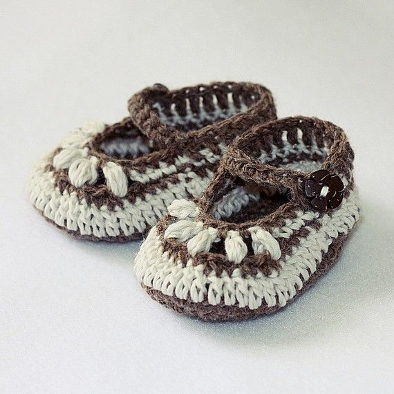 Baby Booties Crochet PATTERN pdf file  Chocolate by monpetitviolon, $3.99