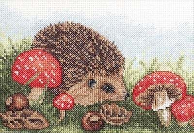 Hedgehog Pattern | Hedgehog - Beginners cross stitch kit from Anchor.