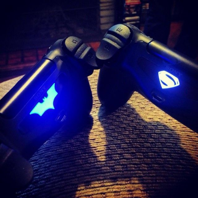 Playstation (PS4) DualShock Controller Light Bar Decal / The Playstation (PS4) DualShock Controller Light Bar Decal from FlamingToast allows you to customize your controller without leaving any permanent markings. http://thegadgetflow.com/portfolio/playstation-ps4-dualshock-controller-light-bar-decal/