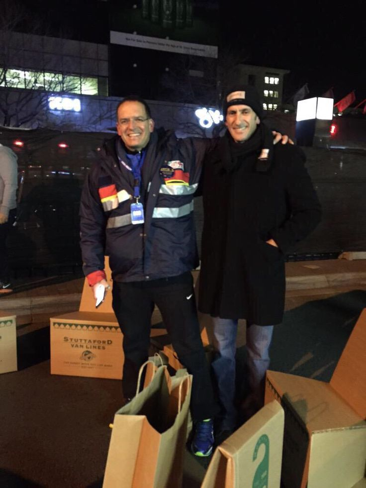 The CEO SleepOut is underway and Herschel Jawitz is rising to the challenge and sleeping on the streets for one night, to raise awareness to bring hope and a home to South Africa's most vulnerable children.