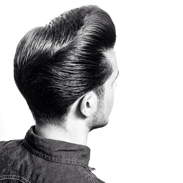 Comb, comb, comb your hair gently with the grain (sing it!!!) Classic Pompadour groomed with the Green Reuzel Pomade... #schorem #scumbag #traditionalbarbering #reuzelpomade #pompadour