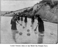 Idaburn, Central Otago. The tradition of curling has been a part of life in Central Otago for many generations... http://www.centralotagonz.com/winter-sports