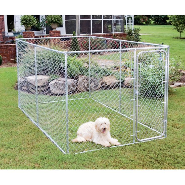 Dog Kennel: PetSafe Boxed Chain Link Dog Kennel - 75754