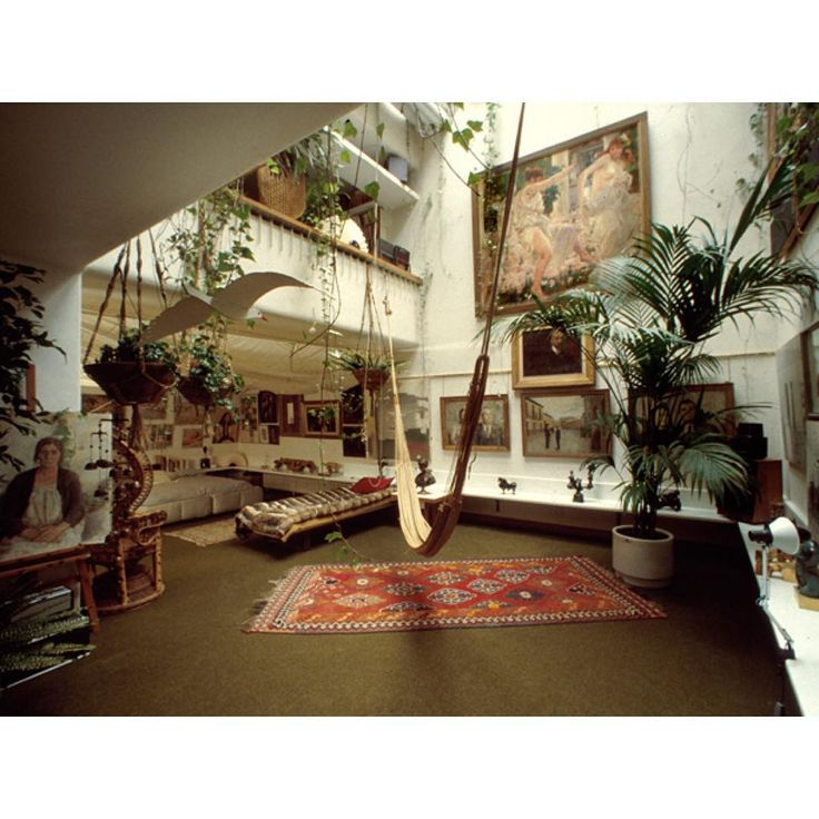 The home of Spanish architect Fernando Higueras (Madrid, 1930–2008)