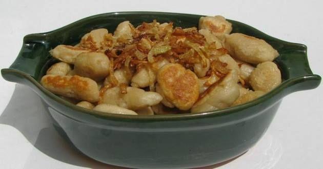 A dödölle a magyar konyha egyik ősi, tájjellegű étele.