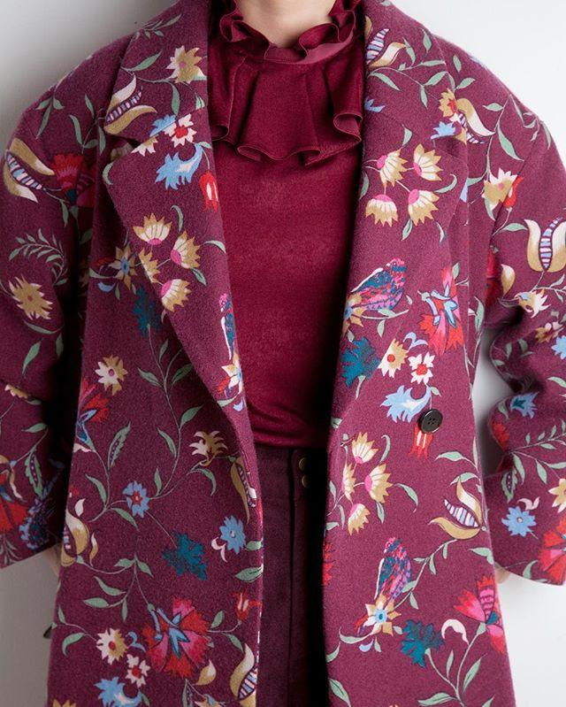 Coat 32,000yen Blowse 8,400yen #lily_brown #lilybrown #fashion #wine
