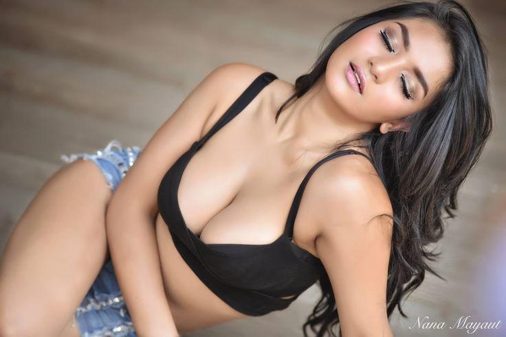 naked sexy femle models