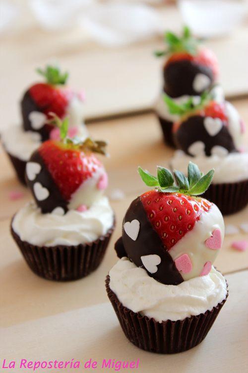 Chocolate, Fresas y Nata…..Feliz San Valentín . | La Repostería de Miguel