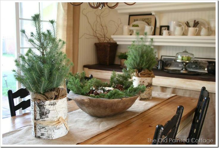 Nice tablescape, like the rustic look.