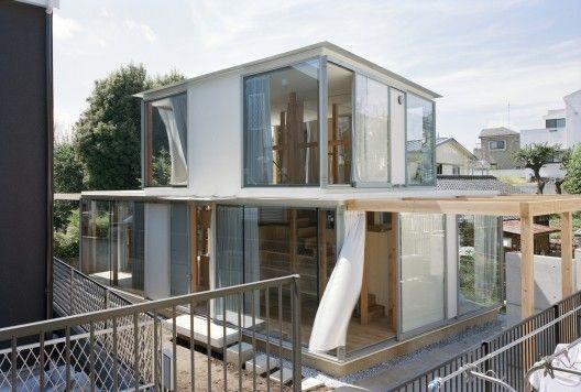 Dobles anillos circulares en Todoroki/ Teppei Fujiwara Architects Labo (Setagaya, Tokio, Japón) #architecture