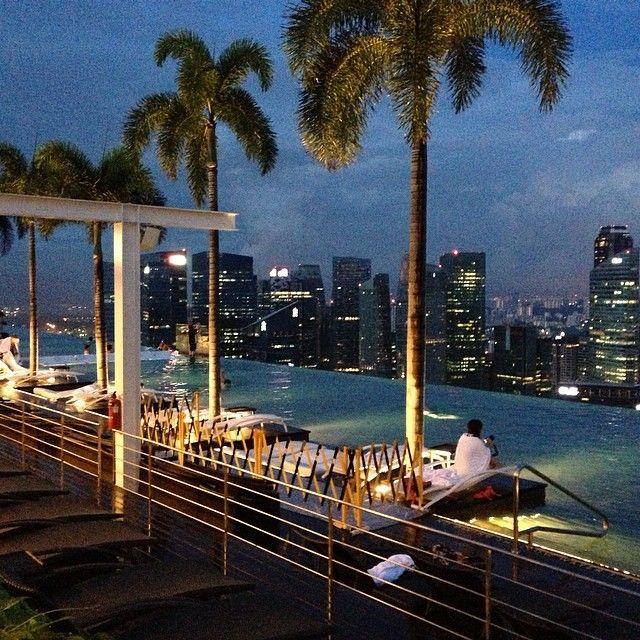 Marina Bay Sands Infinity Pool, Singapore. @getourguide cat cat (Getourguide.com) on Instagram. Make you own itinerary at getourguide.com