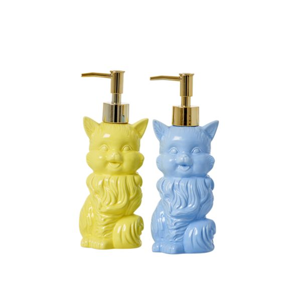 Add a touch of fun and colour to your bathroom or kitchen with these super cute cat-shaped refillable, ceramic, pump soap dispensers.
