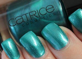 Nagellak swatch ~ Mermaid My Day van Catrice