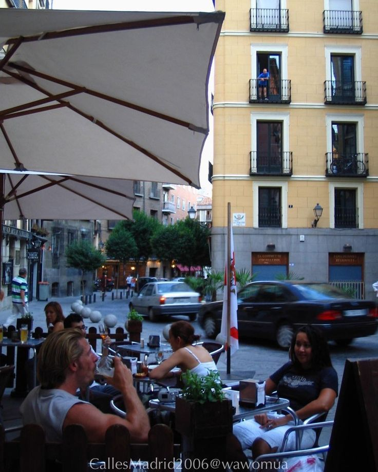 Calles de Madrid2006/ Cava de San Miguel #vidamadrid #Madrid #madridtme #instamadrid #igersmadrid #ok_madrid #madridgrafias #madridmemola #madridmemata #loves_madrid #ig_madrid #igers #マドリード #マドリッド #españa #instaespaña #callesdemadrid #calles #cavadesanmiguel