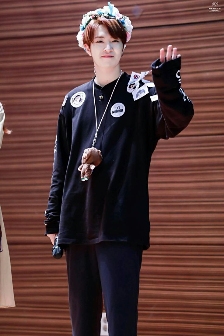 #Youngjae #GOT7 @ Cheongryangri Fansign #HardcarryEra