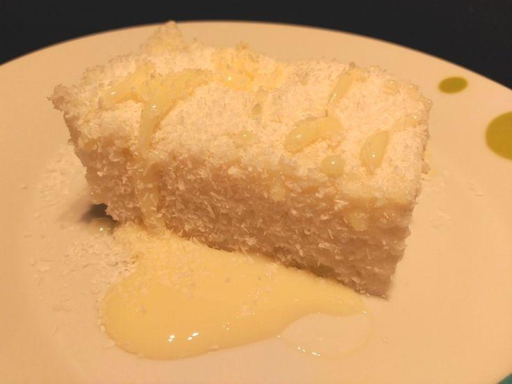 El cuscús de coco es un dulce típico de Brasil hecho con harina de tapioca y coco. Está muy rico y es super fácil de hacer. Aprender a hacerlo con nosotros.