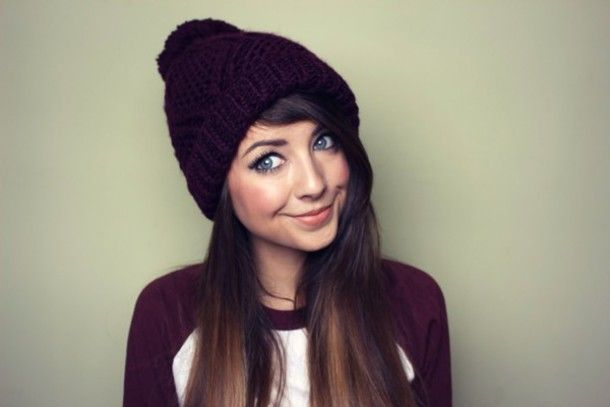 so cute :) gotta love baseball tees and beanies