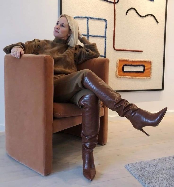 Pin on Mature beauties in leather, boots and fur