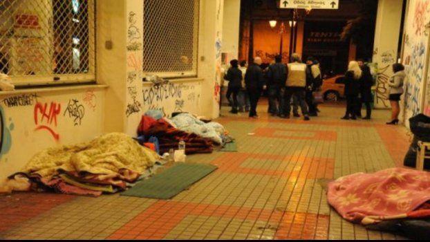 Άμεσος κίνδυνος να μείνουν άστεγοι μισό εκατομμύριο άτομα στην Αττική