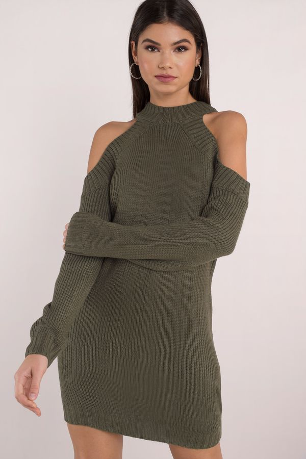 0ef6cfbea16c11 A cold shoulder sweater with comfy high neck