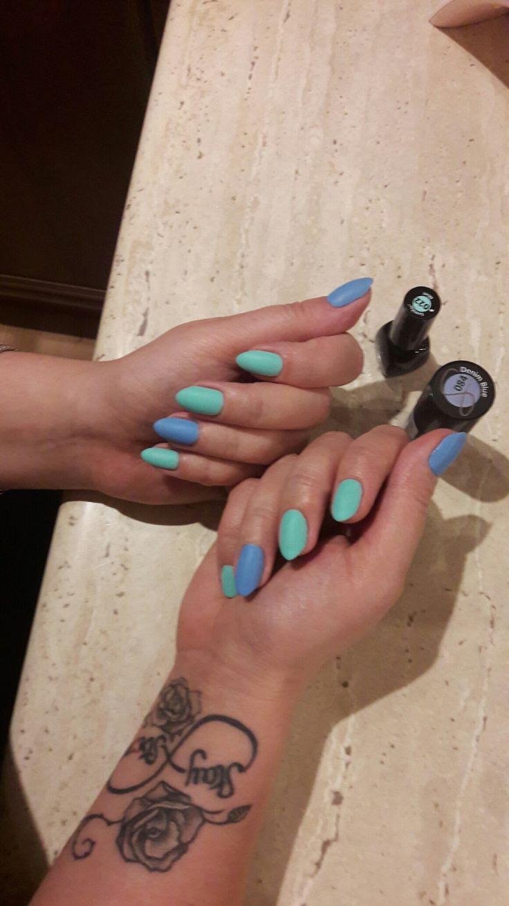 Blue and mint hybrids matt