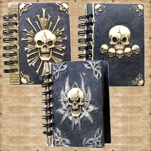 Own your own mini book of the dead with this collection of small skull notebooks with a solid resin cover, a spiral wire spine and blank pages. Contains 1 Bones, 1 Skulls In A Row and 1 Tribal Skull notebook. The Los Muertos Notebooks Set of 3 brought to Skulls and Dragons stationary range by Nemesis Now.    Height : 9 cm    Width : 7 cm    Length : 1 cm    Weight : 120.00g    Made from paper, resin £7.99