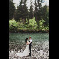 свадьба в стиле бохо во французских Альпах, жених и невеста