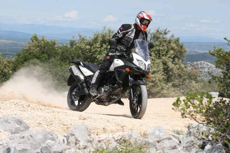 Simon Crafar showing how capable the Suzuki V-Strom 650 ABS is!