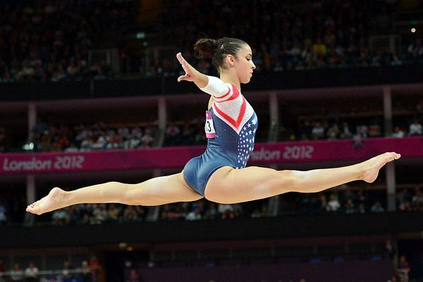 Aly Raisman wins gold!