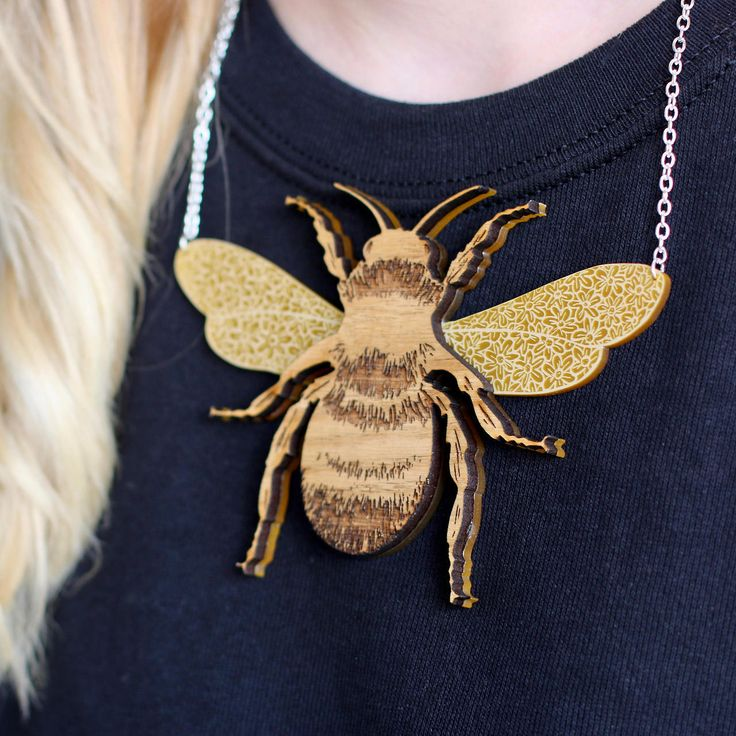 http://sosuperawesome.com/post/164499010562/statement-bee-necklace-by-michelle-lanstone-on