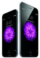 iPhone 6 outshines 6 Plus over launch weekend Adoption of the the 4.7-inch model has surpassed that of the 5.5-inch edition, according to mobile analytics firms. But is the smaller phone more popular or just easier to find?