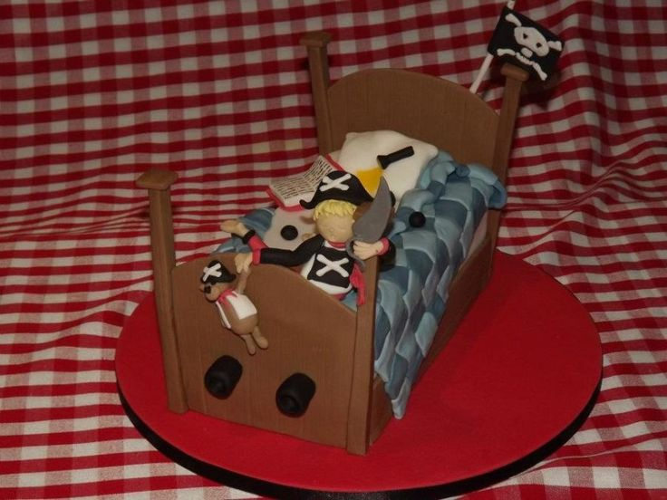 Pirate Dreams! - Cake by SweetStreet