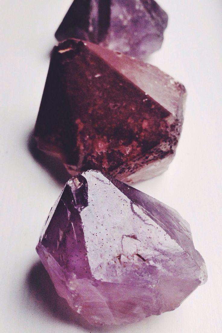 Crystal Healing :: Love Earth Energy :: Healing properties of Crystals :: Gem Stones :: Meanings :: Chakra Balancing :: Free your Wild :: See more Untamed Soul + Spirit @untamedorganica :: Amethyst crystals