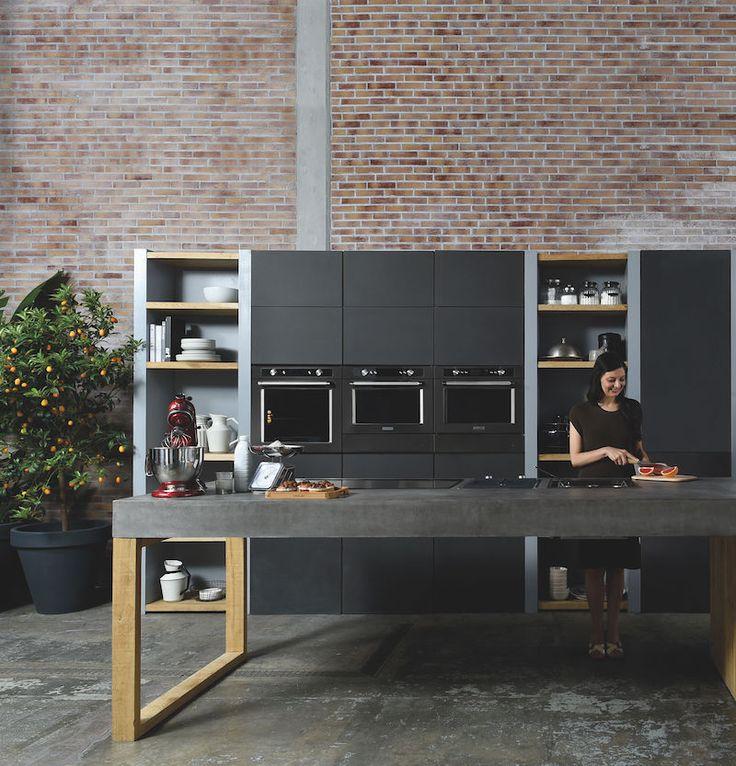 KitchenAid zwarte keukenapparatuur. Nieuw in 2017 - Black Stainless Steel Range met vaatwasser en ovens met zwart front #zwart #keuken