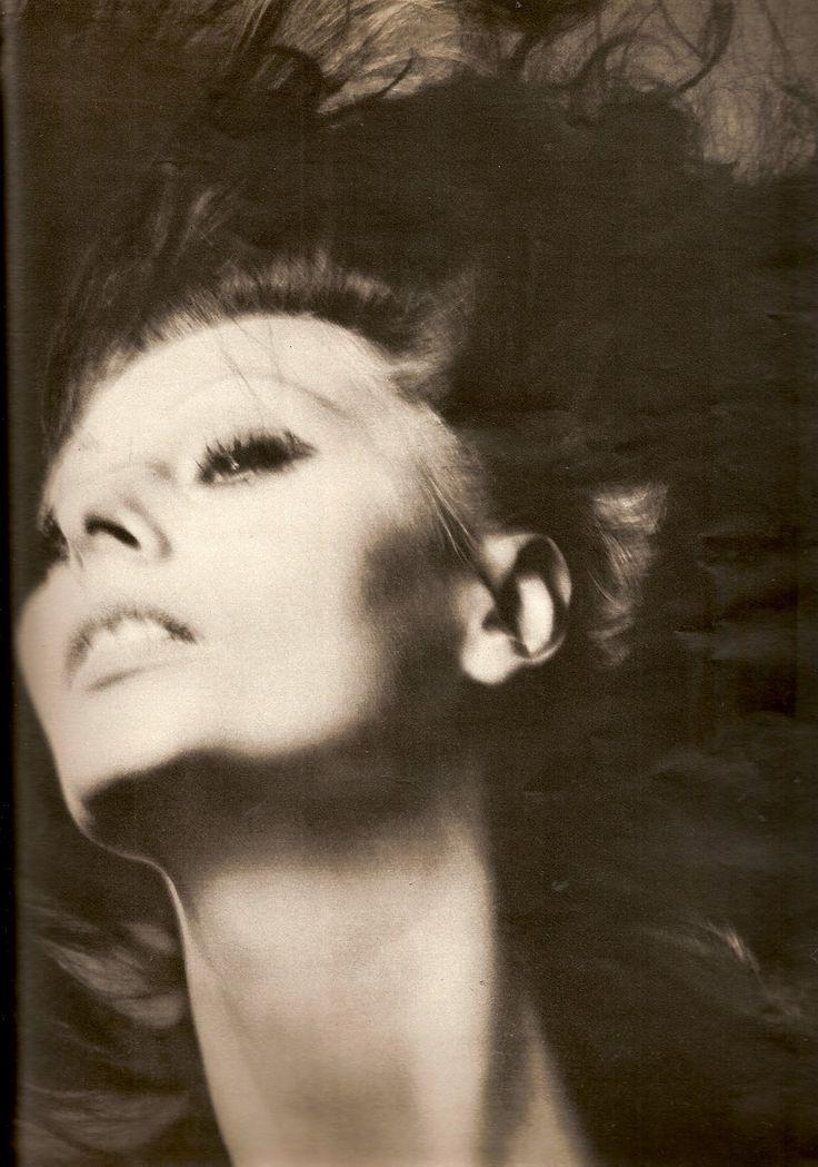 Sophia Loren by Richard Avedon, 1970.