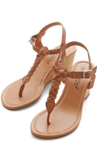 cute braided #beige sandals http://rstyle.me/n/k36jzr9te