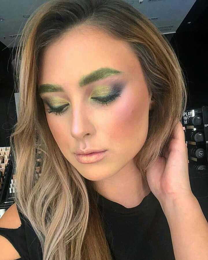 Ms Green Makeup Art #maccosmetics MAC Cosmetics products https://www.instagram.com/p/Be8Yrb1n5y0/
