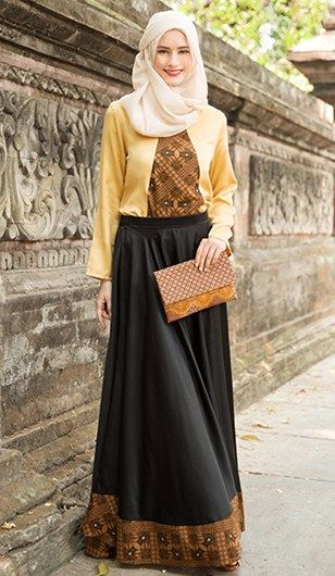 Model baju muslim batik pesta