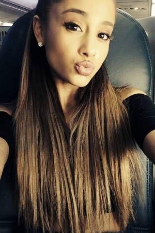 Ariana Grande Instagram -Cosmopolitan.com