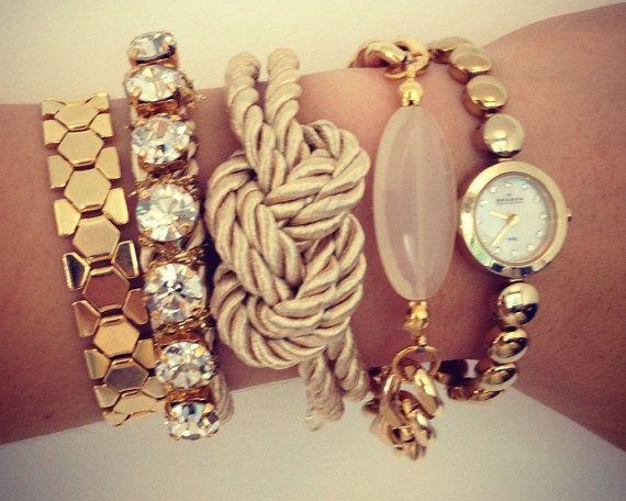 Love the knot bracelet