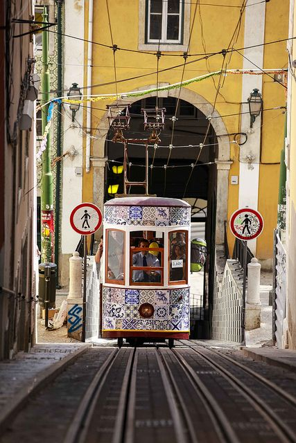 Bica Elevator - oneof the best transports to get around Lisbon!