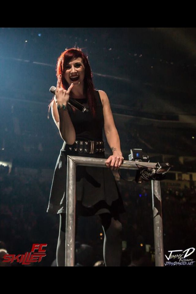 Jen Ledger (at Winter Jam she waved at me) Love You Jen!!