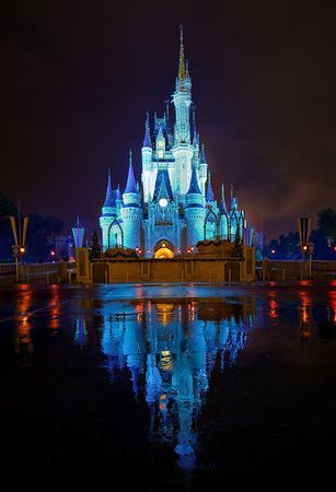 """The """"Kiss Goodnight"""" on Cinderella's Castle - Best way to end a day at Walt Disney World"""