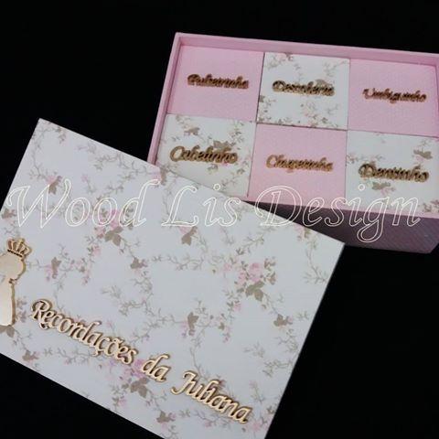 Caixa recordações com 6 caixinhas da princesa Juliana. Orçamentos pelo WhatsApp (81)98687-3047 ou pelo e-mail: woodlisdesign@gmail.com #caixaspersonalizadas #caixadecorada #caixamdf  #caixalaços #caixadelaços #babydecorroom #enxovaldebebe #decorbaby #decoracaobebe #babydesign #quartomenina #enxoval #decoraçãomenina  #decoraçãobebê #mãe #decoração #babydecor #decoration #decorbaby #babydesign #babygirl #decoraçãoluxo #decorbabyroom #babyluxo #babylove #mommy #baby #fashion #mom #mother…