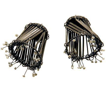 Doerthe Fuchs: Crafts Object, Doerth Fuchs D, Artisan Jewelry, Artists Wire, Art Jewelry, 1000 Earrings, D Oreilles Earrings, Jewelry Art Object, Earrings