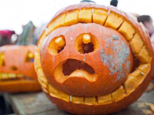 12 Funny Pumpkin Ideas That Will Make You LOL --> http://www.hgtvgardens.com/pumpkins/12-funny-pumpkin-ideas?soc=pinterest