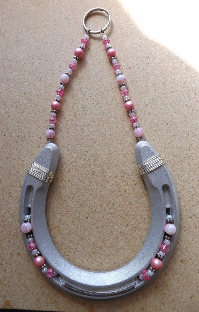 Horse Shoe Wall Decor Pink And White Beads By Beadedkatana On Etsy 35 00