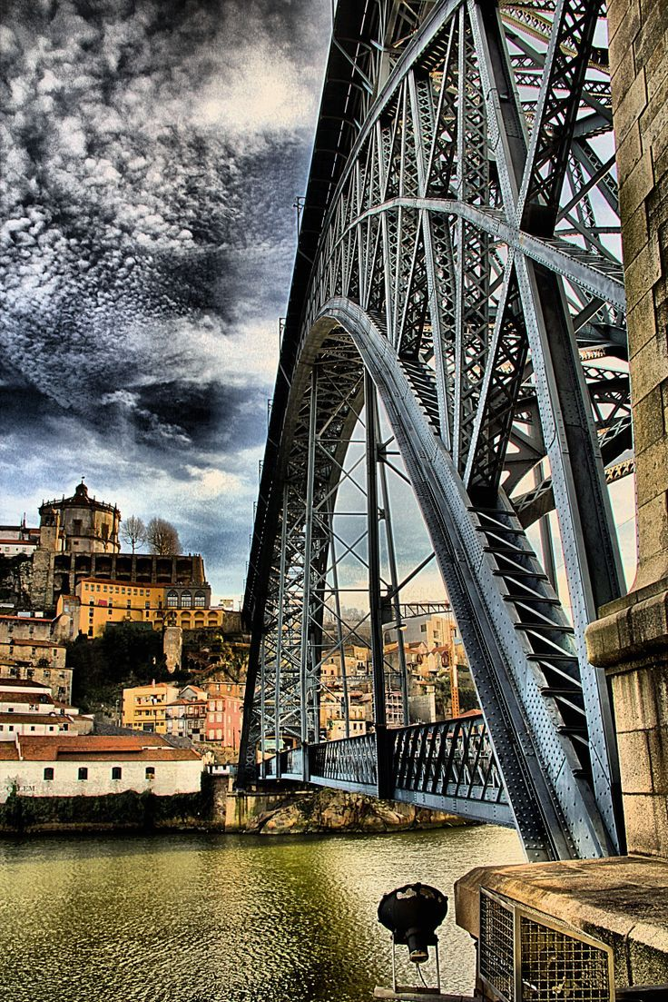 Strange feelings in Porto | I love this city Portoholidays Portugal Stunning picture!