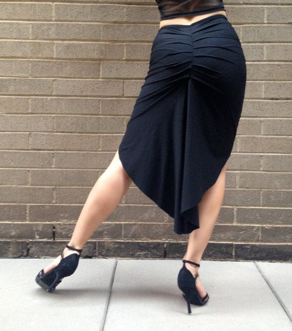 Etsy の Roxy tango skirt by 5THDIMENSIONNEWYORK